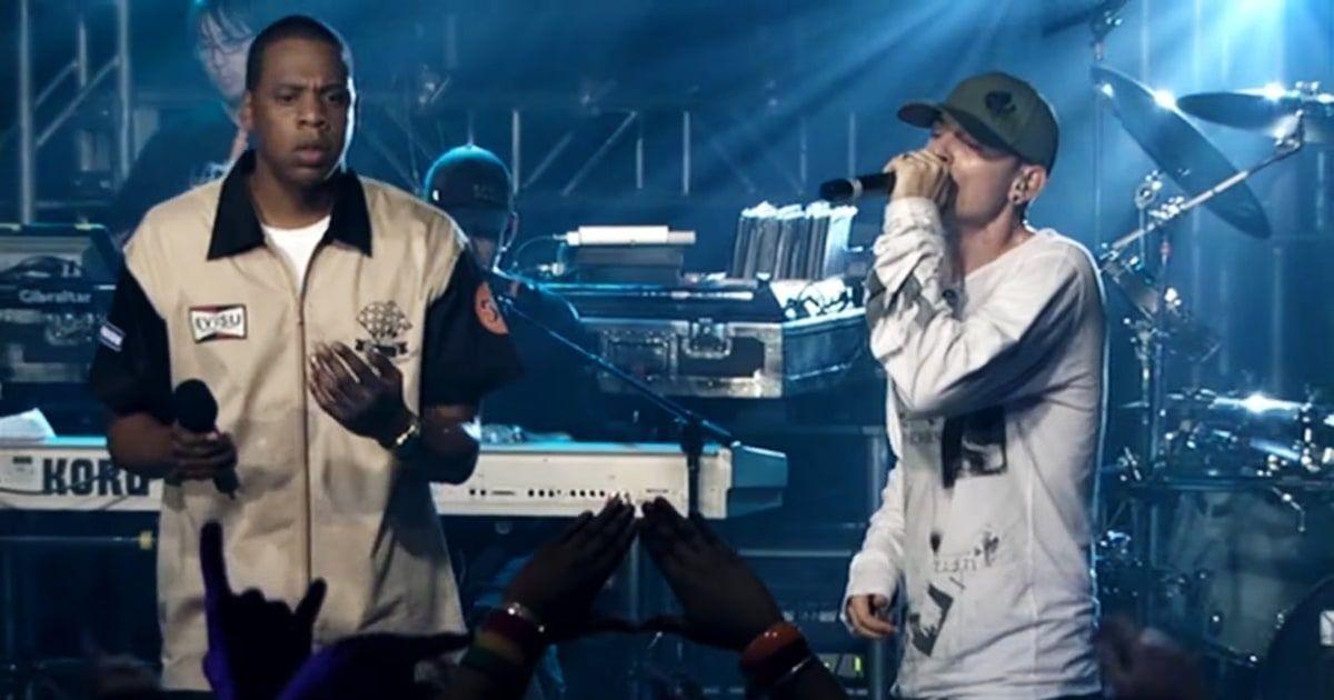 Chester Benningtonile austust avaldades tegi Jay-Z emotsionaalse esitusviisi 'Numb / Encore'
